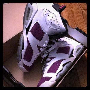 Retro 6 purple and pink